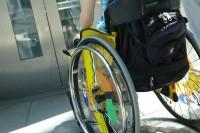 Rollstuhl-©Ilan-Amith-Fotolia_1005301_XL