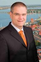 Dr. Alexander Badrow